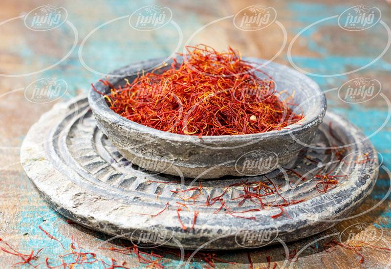 قیمت زعفران 100 گرمی با بهترین بسته بندی